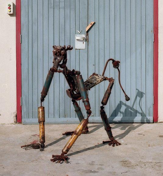Chenjerai-and-Mambakwedza-Mutasa-ndiza-gallery2
